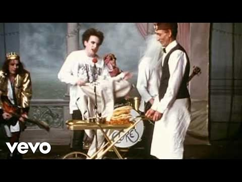 The Cure - Friday I'm In Love (Official Video)