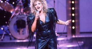 Mandatory Credit: Photo By LONDON WEEKEND TELEVISION / REX FEATURES BONNIE TYLER  ' LIVE FROM THE PICCADILLY ' 1986 VARIOUS SINGER