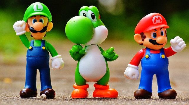4 kalytera video games gia zevgaria